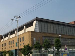 平野スポーツセンター 徒歩10分